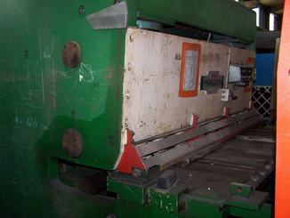 Cisaille guillotine Perrot 2000X16 - 1