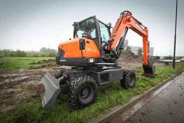 Mini pelle Doosan DX57W-5 - 1