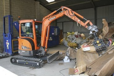 Mini pelle Doosan DX 27 Z - 1