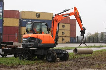 Mini pelle Doosan DX57W-5 - 2