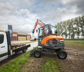 Mini pelle Doosan DX57W-5 - 3