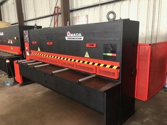 Cisaille guillotine Amada GHE630 - 1